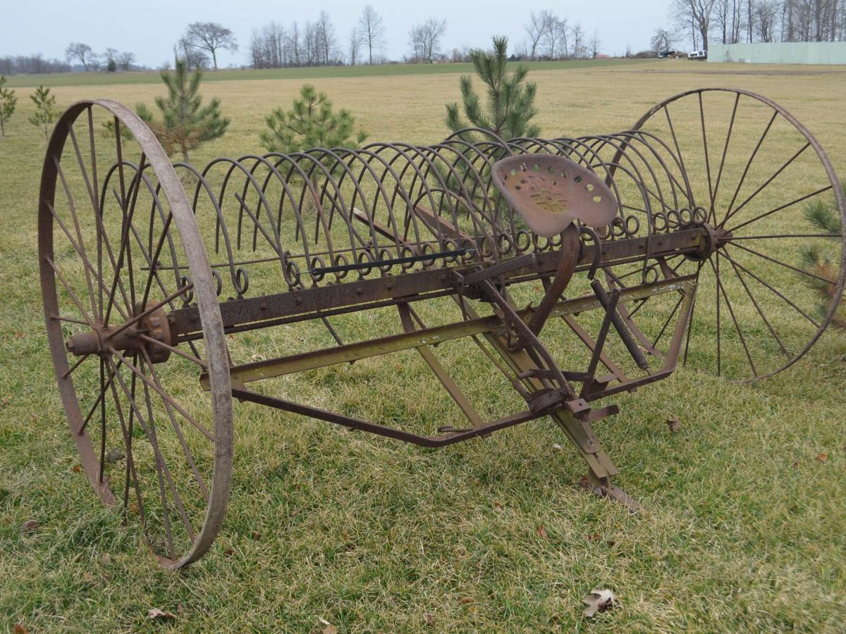 Farmall Tractors, Lawn & Garden Tools, Antiques | Schrader Real ...